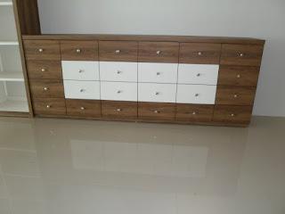 Pesan Furniture Etalase Display Untuk Mall Supermarket Toserba Minimarket