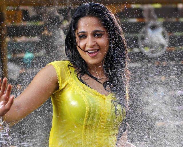 Anushka Shetty heroines hot pics
