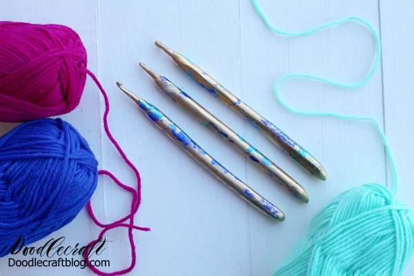 Make metallic foil crochet hooks