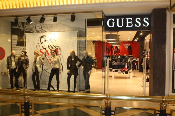 9c6c7bd52a6 Lojas da Guess em Miami e Orlando  roupas