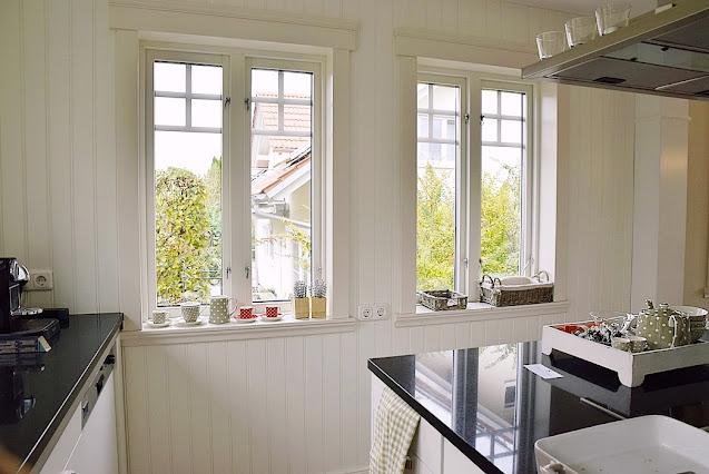 Landhausküche im schwedischen Stil / Greenville Musterhaus