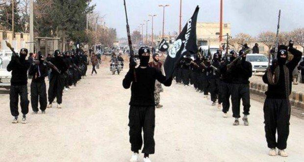Muçulmanos do Estado Islâmico assume ataque contra ônibus de cristãos no Egito