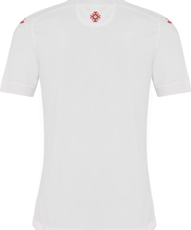 A fabricante de material esportivo Joma apresentou os novos uniformes que a  seleção da Bulgária usará na temporada 2018 19. e08b314c8a019