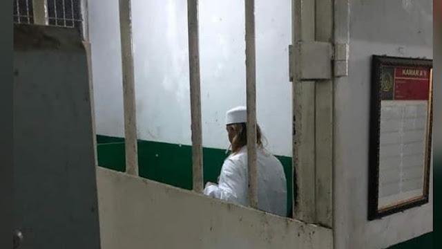 Pengacara: Asimilasi Habib Bahar Diduga Dicabut karena Ceramah