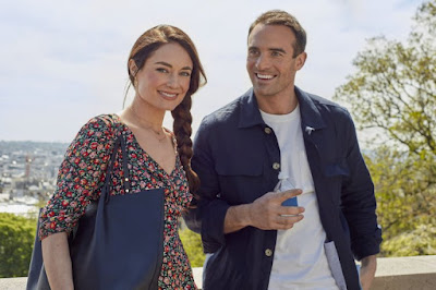Mallory Jansen and Joshua Sasse in Her Pen Pal