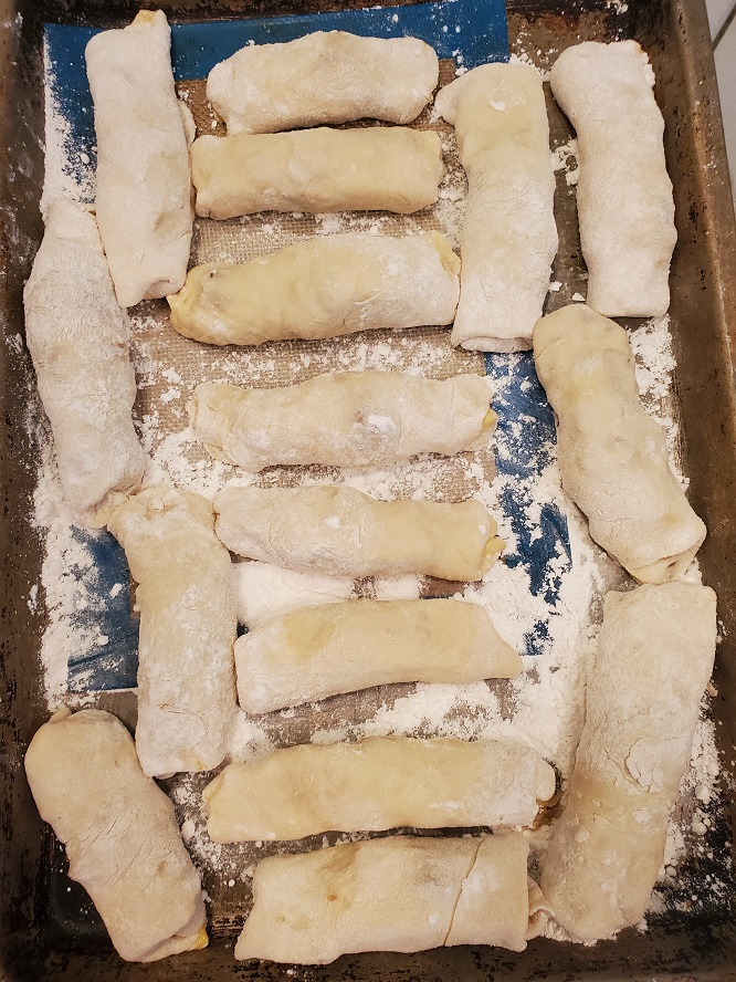 these are egg rolls all rolled up ready for frying