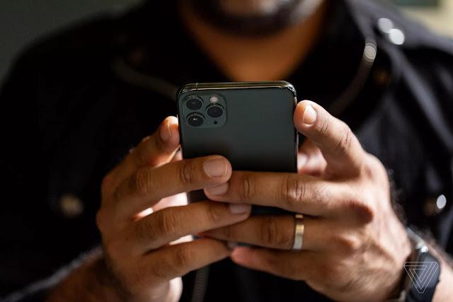 iPhone kullanıcısı görseli