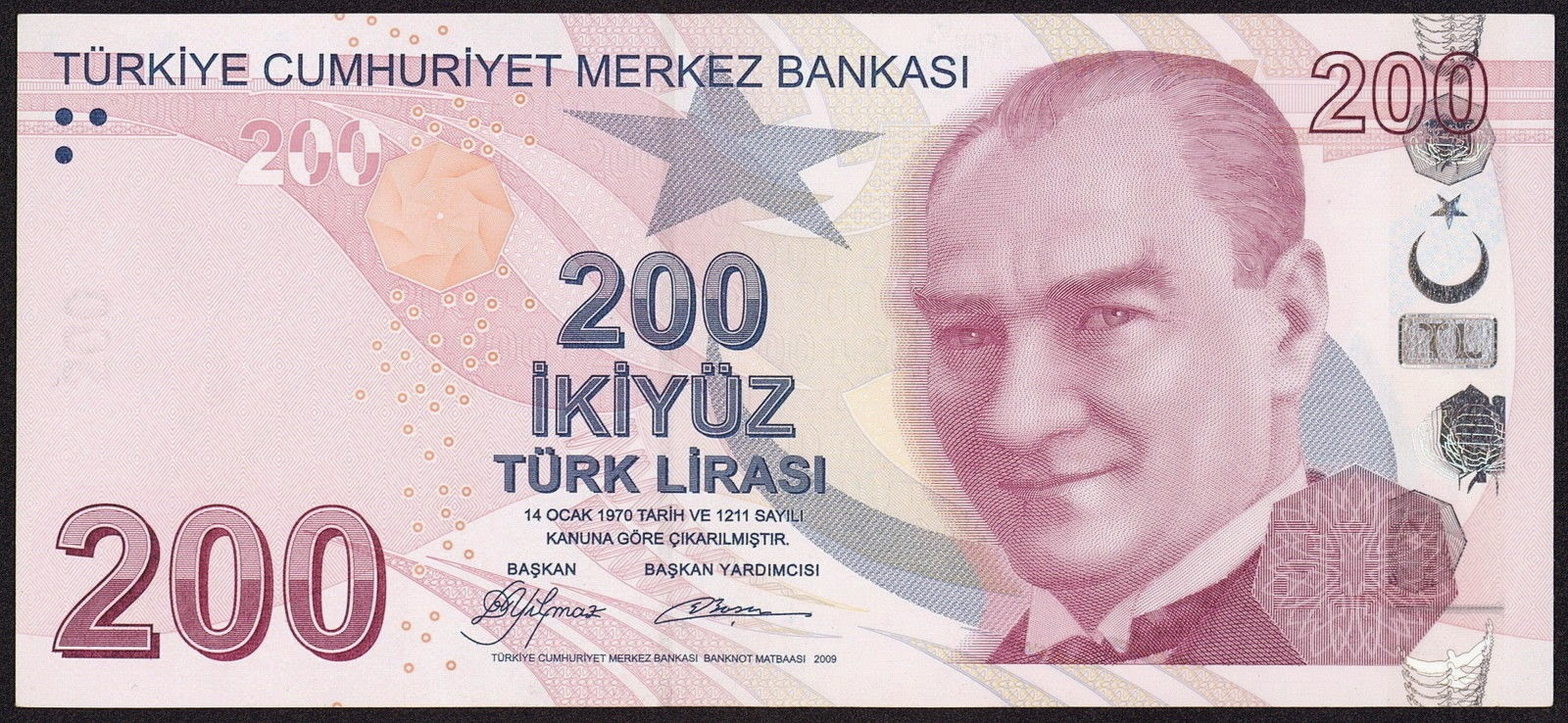 Turkey Currency 200 Turkish Lira banknote 2013 Mustafa Kemal Atatürk