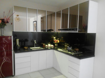 gallery kitchen set