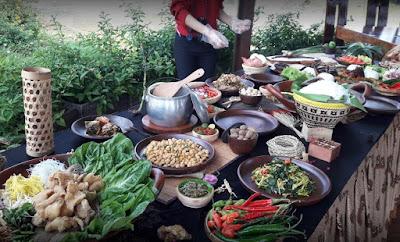 Wisata Kuliner Bumi Sampireun Bogor Yang Mantab