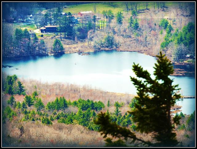 Vistas desde el Sendero del Monadnock State Park (NH)