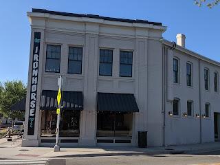 corner restaurant