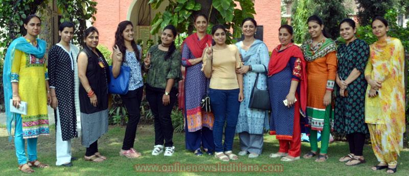 KCW girls brought laurels in B.Com-6th Semester Examinations