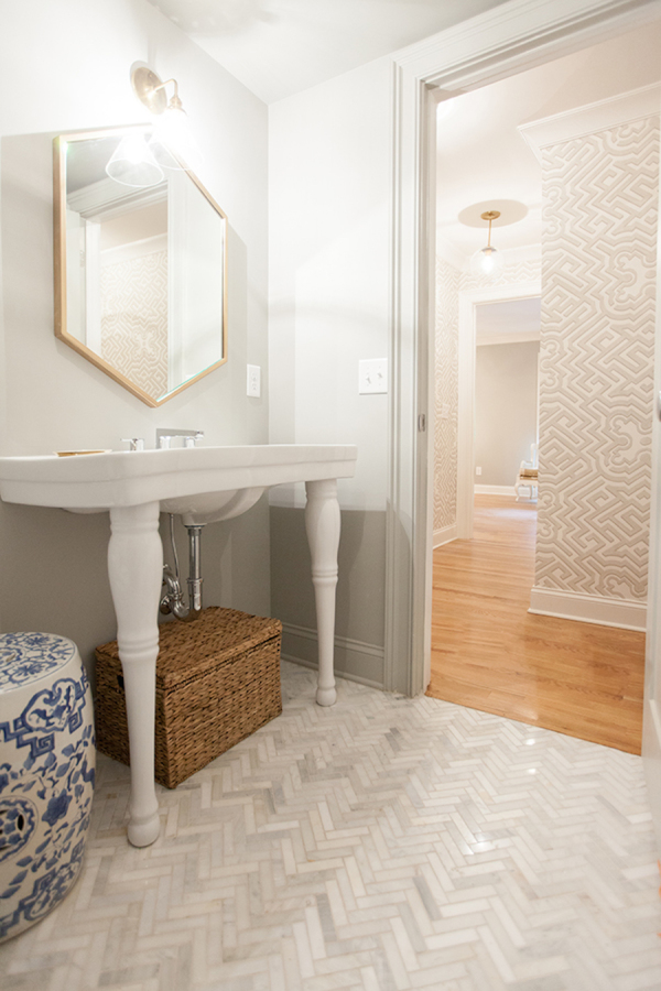 living-bathroom-nashville-home-tour