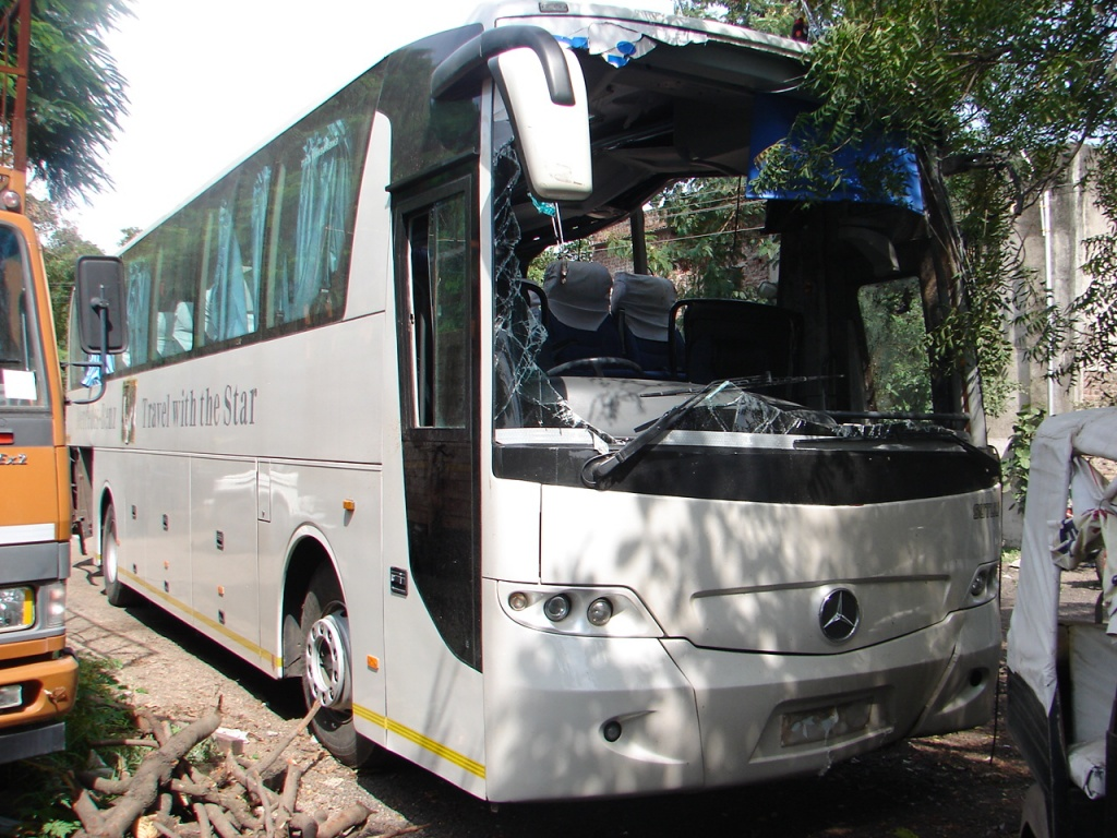 Indian Luxury Buses: 10/01/2011 - 11/01/2011