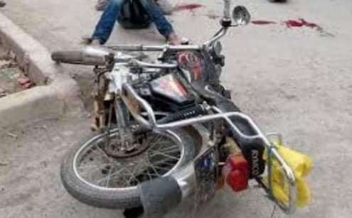 إصابة طالب سقط من على دراجة بخارية بسوهاج