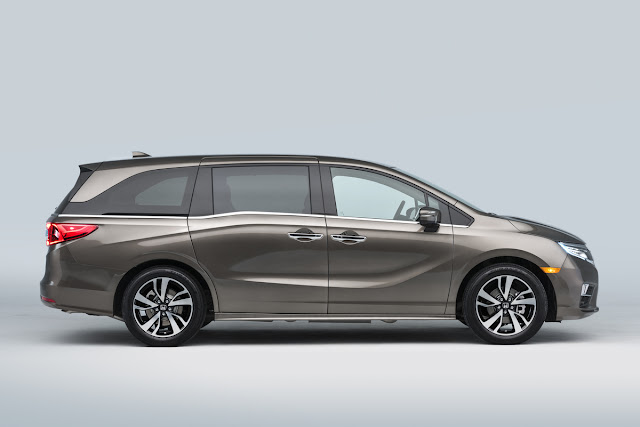 The Ultimate Family Vehicle Has Gotten A Technology Upgrade - 2018 Honda Odyssey