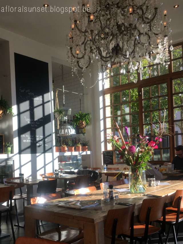 hotspot Antwerpen: Sil'eau - a floral sunset