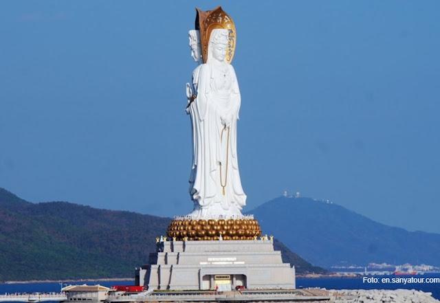 Melihat Patung Dewi Kwan Im Terbesar Di China