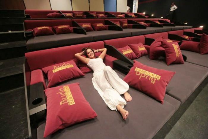 Phát sốt với rạp cinema giường nằm siêu đẳng cấp chỉ có ở Sài Thàn6h