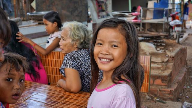 Les Visages Khmers : Sourire du Jour