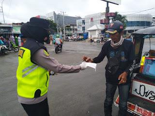 """Operasi Yustisi Polres Pelabuhan Makassar """"Bersatu Lawan Covid 19 dengan Patuhi Prokes dan Vaksinasi"""