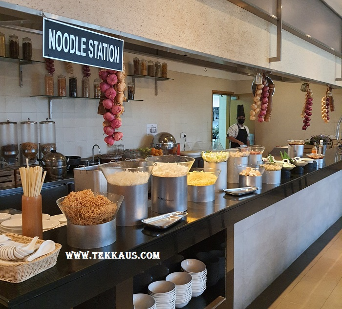Noodle Station Ramadan buffet dinner Holiday Inn Melaka Menu
