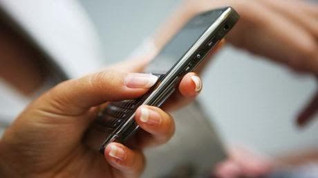 Προσοχή! Παραπλανητικό sms για επιστροφή φόρου. Παρέλυσαν οι εφορίες