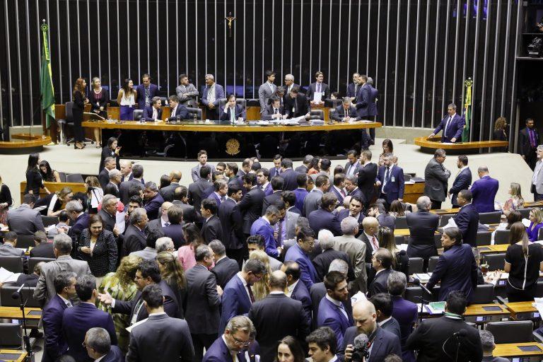 Câmara dos Deputados aprova projeto que altera regras eleitorais de 2020