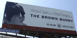 The Brown Bunny Brązowy królik billboard z seksem oralnym fellatio kontrowersja