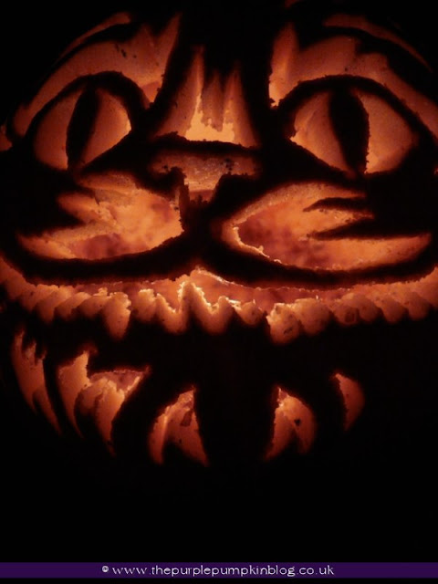 Cheshire Cat & The Mad Hatter | Pumpkin Carvings 2012 | The Purple Pumpkin Blog