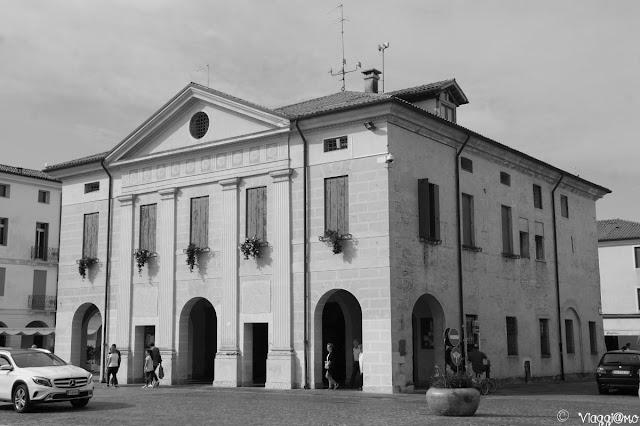 Facciata del Palazzo della Loggia di Cittadella
