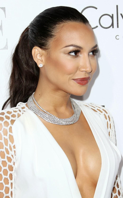 Naya Rivera posing at 2013 American Music Awards