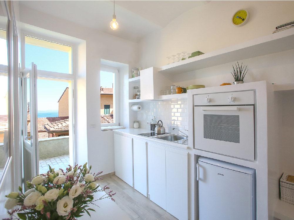 Micro appartamento all argentario dettagli home decor for Arredare piccolo appartamento