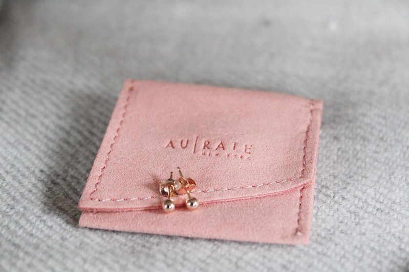 gold earrings from AU Rate
