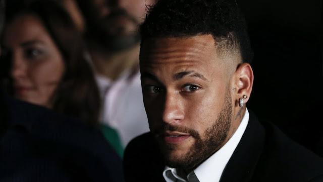 Le Barça offre 100M€ et 3 joueurs au PSG pour recruter Neymar