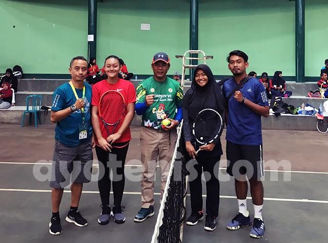 Tenis Porprov Jatim VI: Laga Sengit Antara Tim Putri Kota Surabaya Kontra Tim Putri Kabupaten Jember