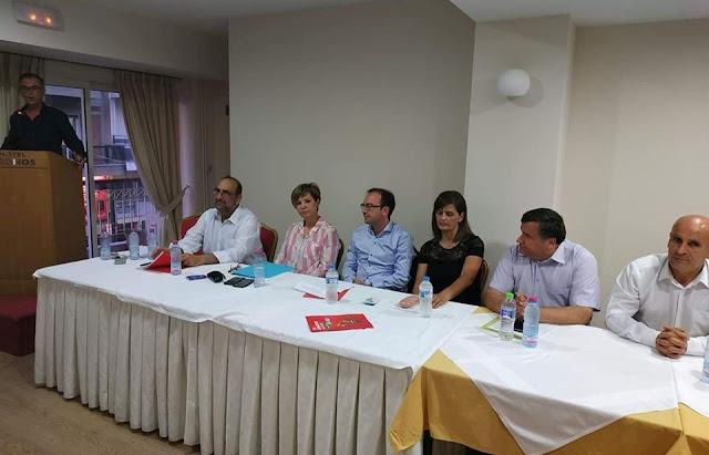 Κατάμεστη η αίθουσα στο Ξενοδοχείο ΚΡΟΝΟΣ στην ανοιχτή συνέλευση του ΣΥΡΙΖΑ-Προοδευτική Συμμαχία – ΦΩΤΟ