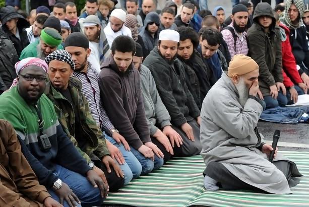 Masya Allah....Jerman Akan Jadi Negara Berpenduduk Muslim Terbesar di Eropa