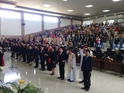 30 Caleg Terpilih DPRD Minsel Masa Jabatan 2019 s.d 2024 Angkat Sumpah dan Janji