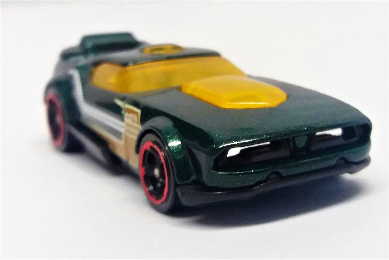 ultimate hot wheels fast fish