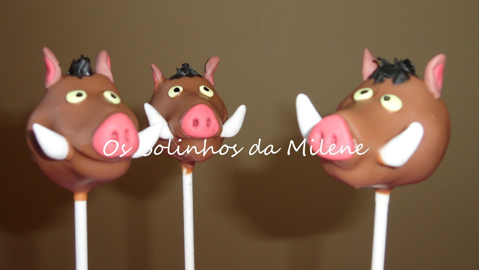 Pumba Cake: : . . Os Bolinhos Da Milene: Timon E