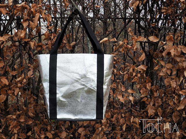 washpapa, washable paper, paper, cellulose, paper bag, tote bag, silver, vegan, cruelty-free, pleather,
