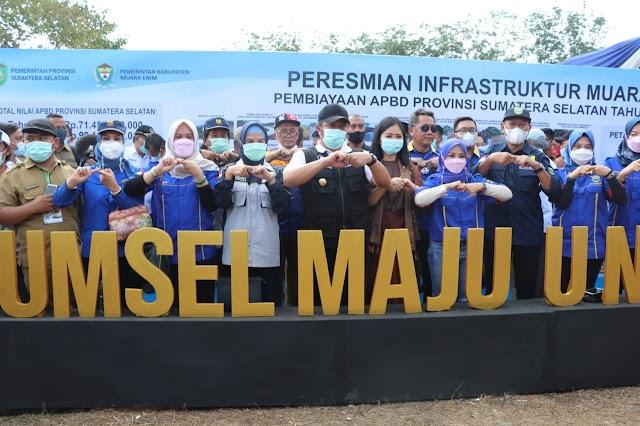 Gubernur Sumsel Dan Plh Bupati Muaraenim Resmikan Program Infrastruktur Daerah
