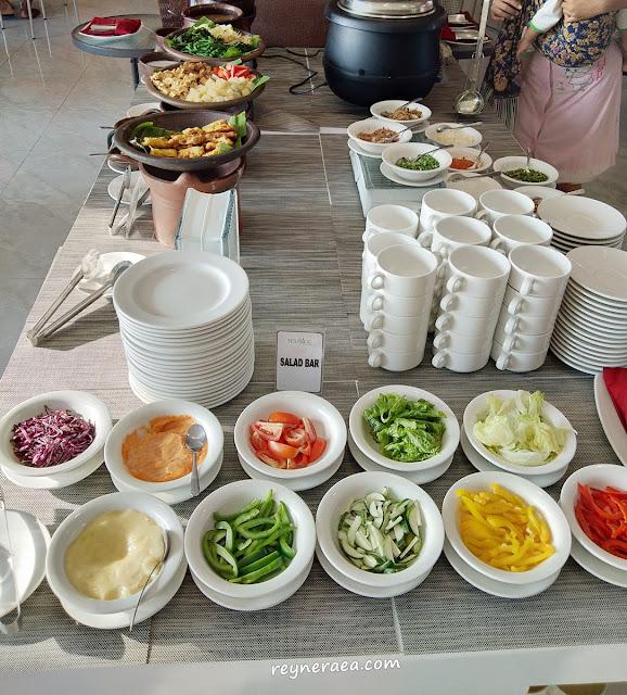 breakfast di continent my tower hotel surabaya