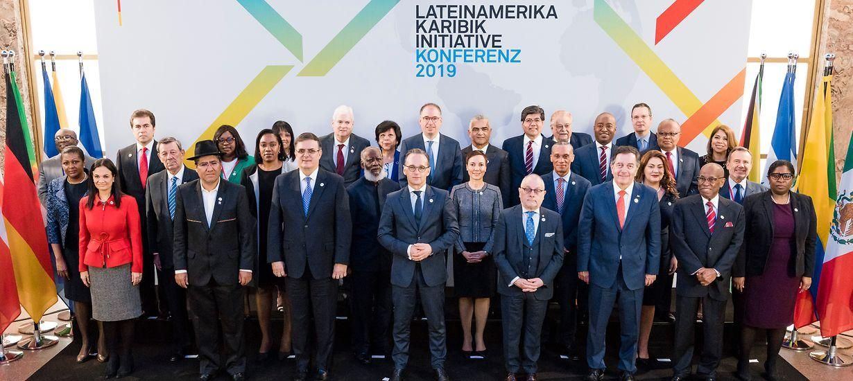 """""""Argentina mejora su competitividad con transparencia y reglas claras"""", dijo Faurie en Berlín"""