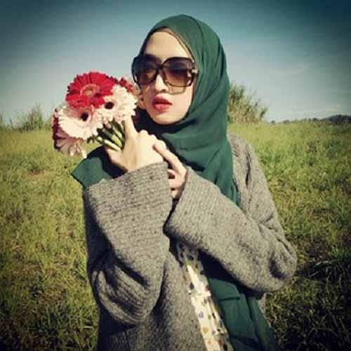 Sengaja Agar Dilihat Orang, Awas! Cara Berdandan Ini Ternyata Terlarang Bagi Muslimah