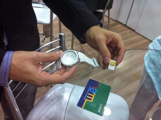 9d980e7ec2b Relógio com chip pode ser usado para pagar ônibus