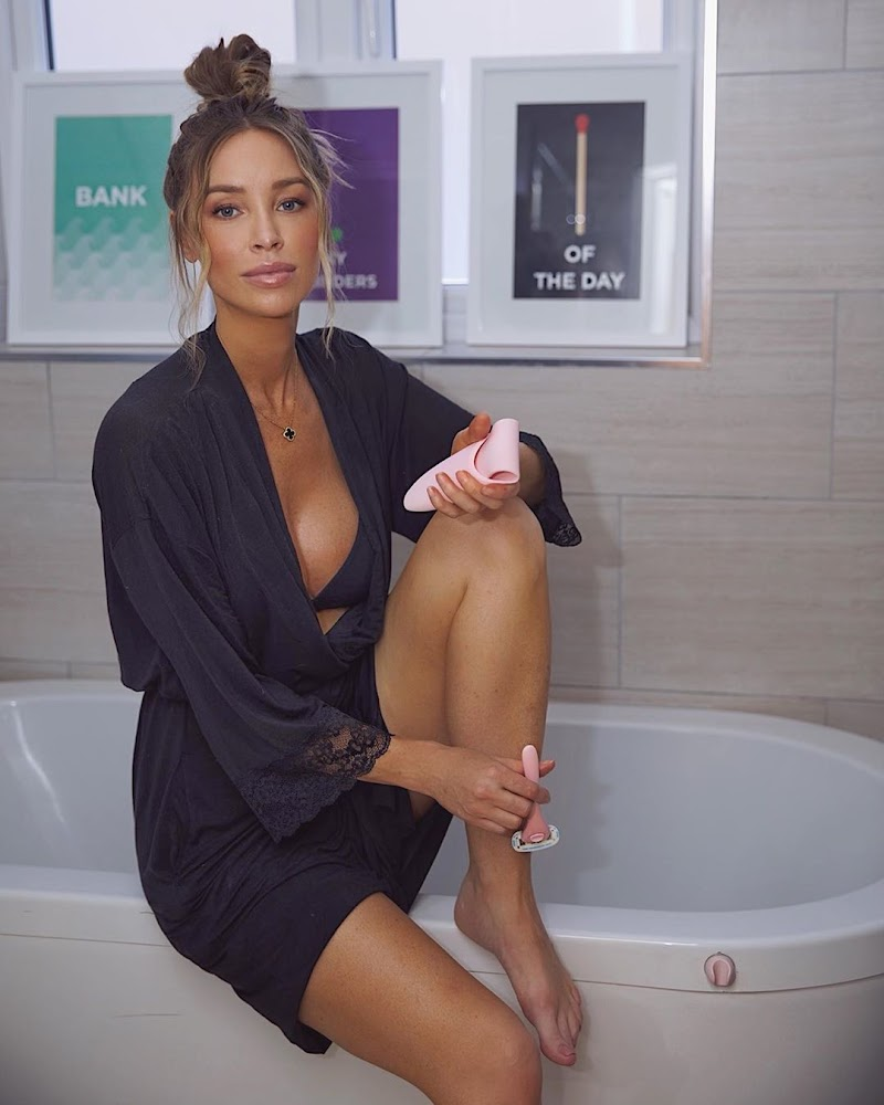 Lauren Pope Instagram Clicks 9 Aug -2020
