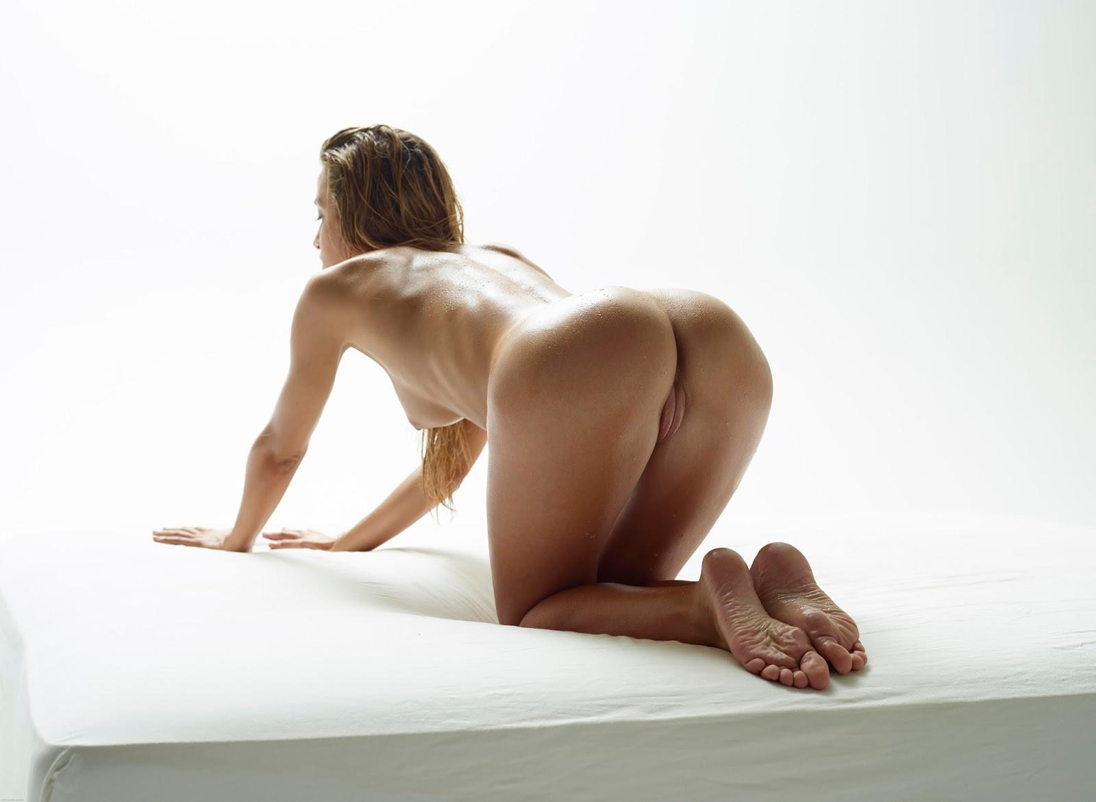 full naced sexy girl image
